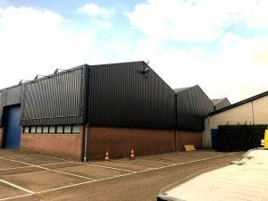 Bedrijfspand met damwandprofiel in Bleiswijk - na het spuiten